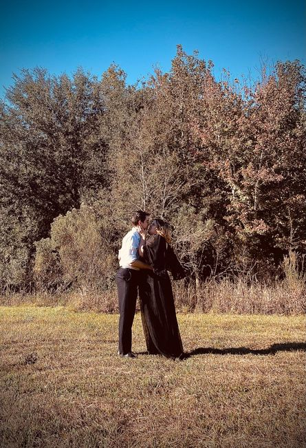 Favorite engagement pictures! 5