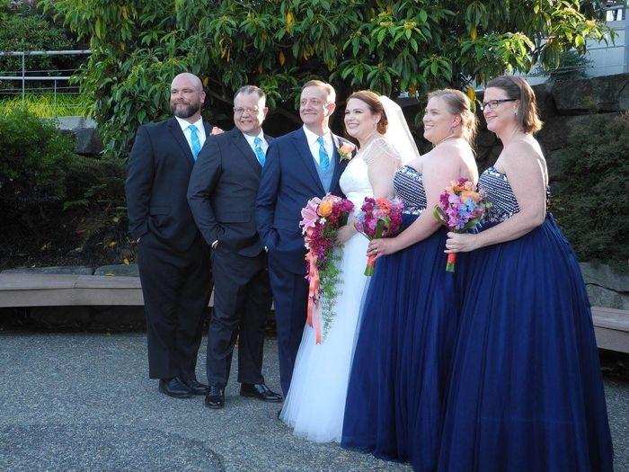 Mismatched Groomsmen & Semi-Matching Bridesmaids?