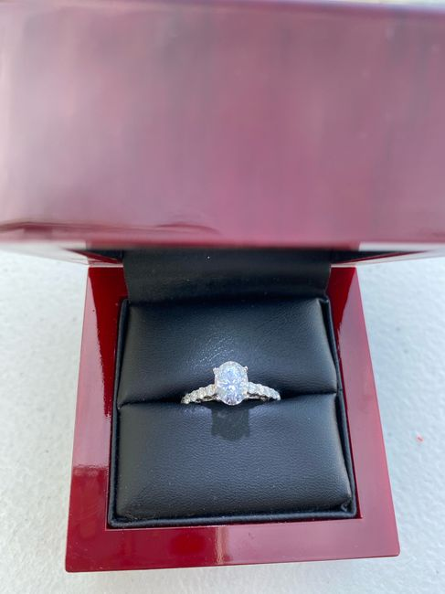 Oval engagement rings 1