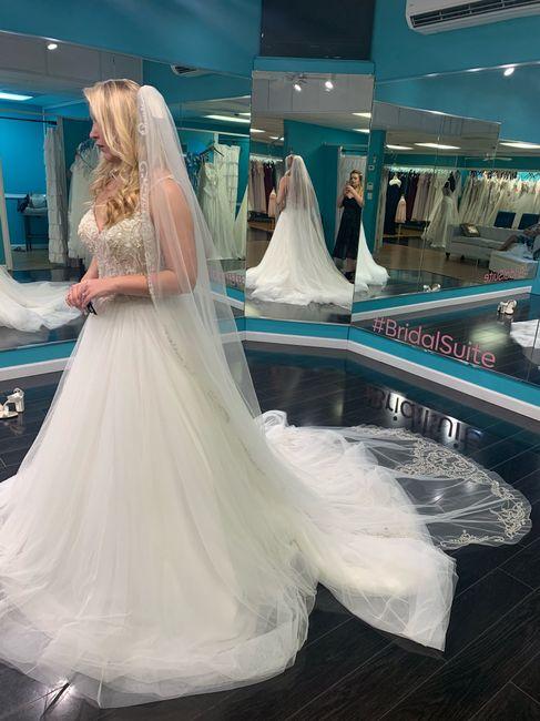 Pearl wedding dress. 2