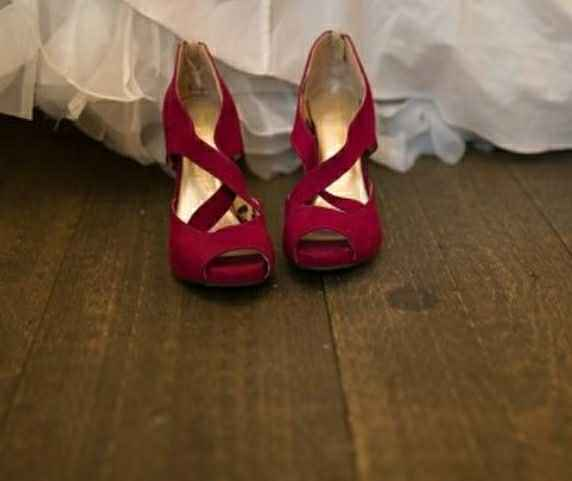 Show me your wedding shoes, any wedge heels in the house? - 1