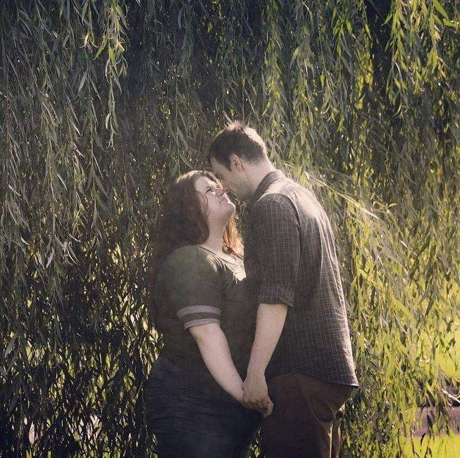 engagement pics - show me your favorite picture 9