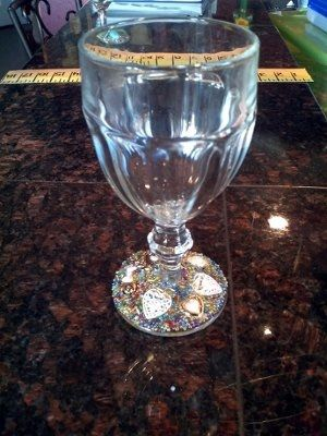 Diy wine glass wedding favor trial glass done weddings for Do it yourself wine glasses