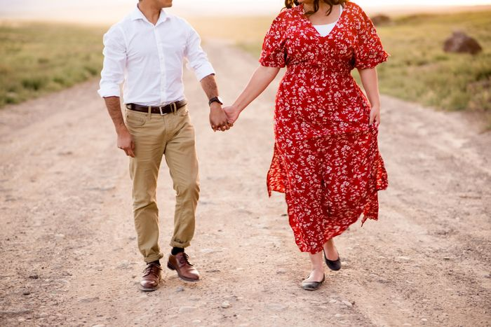 Engagement Photo Outfit 4