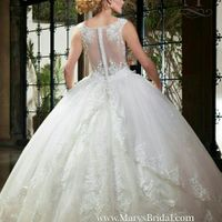 Veil or what  would be beautiful with this hair style