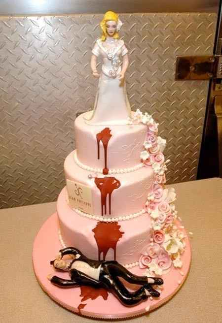 """wedding cakes that make you go """"What the ....?"""""""