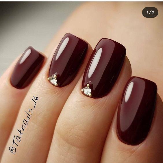 Nail color 3