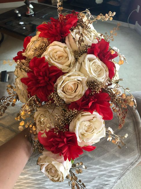 Bridal Bouquet: Color or White? 7