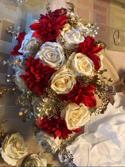 December (& winter) Brides- Please Share Your Flowers! 17