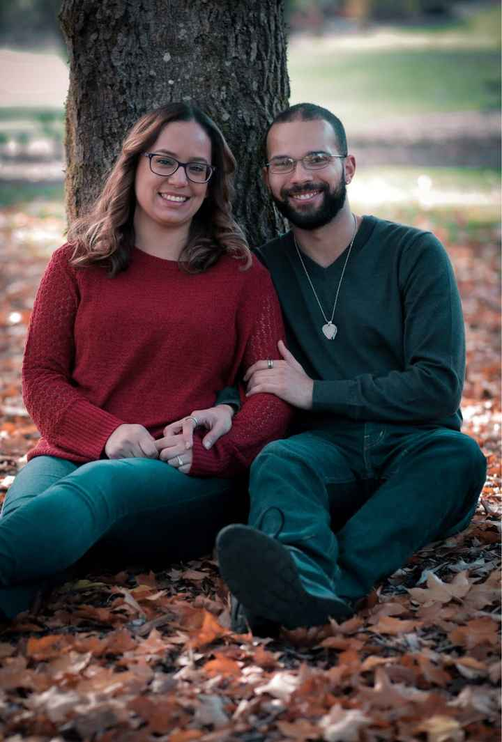 Engagement photos: fall outfits- show me your pictures! - 2
