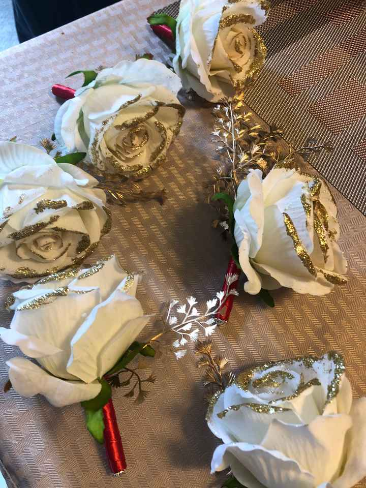 Anyone use the Budget-bride.com $100 package for flowers? - 2
