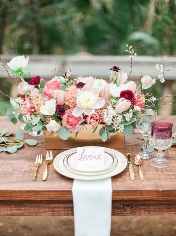 Floral for Round Tables