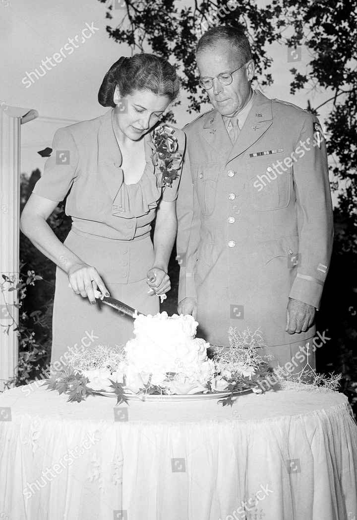 On this Day in Wedding History 2/7 - 1