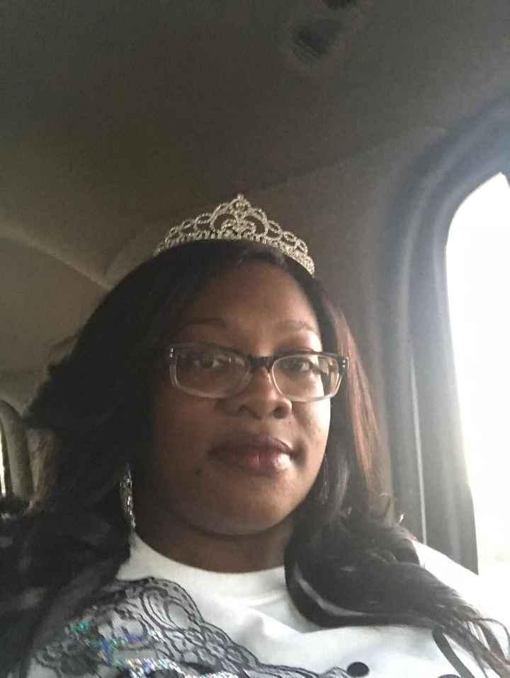 Rocking my Crown and sash
