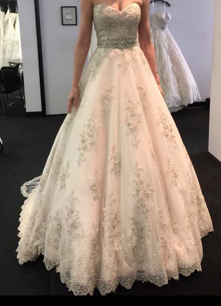 Show me your ball gowns! - 1