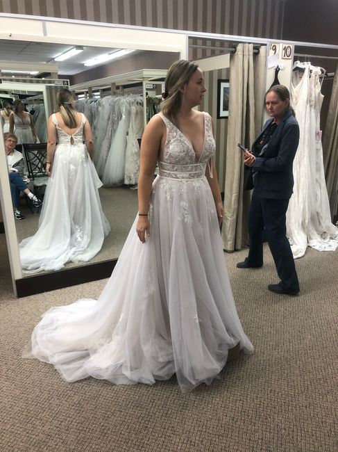 First time dress shopping and thoights - 1