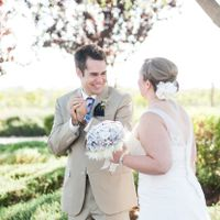 24 Grooms Blown Away By Their Beautiful Brides