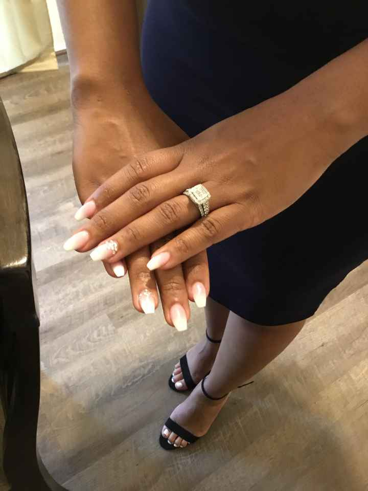 Engagement photo nails - 1