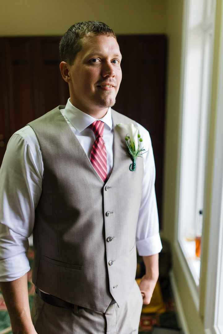 What is your groom wearing?