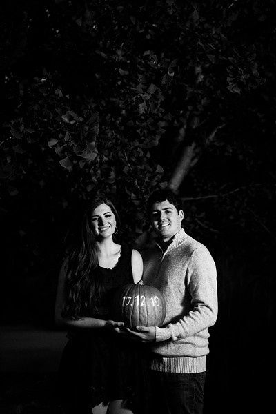 Fall Engagement Pictures Ideas 27
