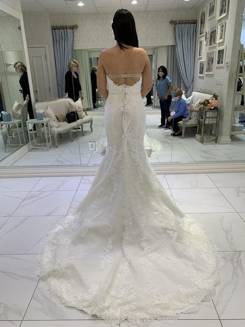 Cancelling our wedding.  What do i do with my wedding dress and veil? 1