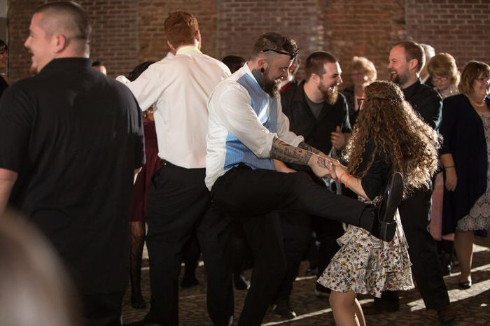 Is 100 guests enough to have an awesome reception? 2