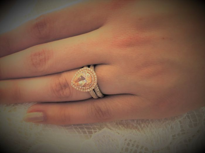 Wearing rings on honeymoon: yay or nay? 2