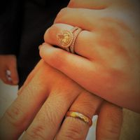 Wearing rings on honeymoon: yay or nay? - 1