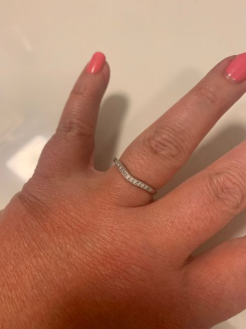 Just got my wedding band! Show yours off ladies! 8