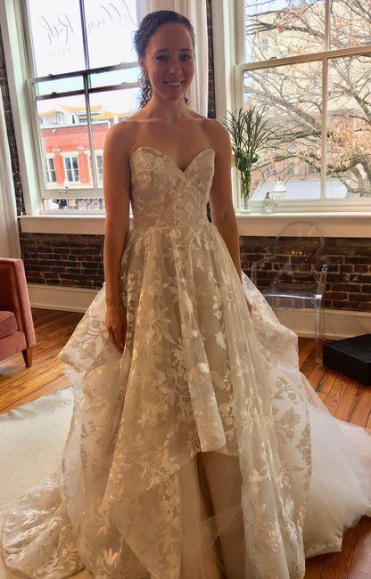 Fall wedding dress inspo 7