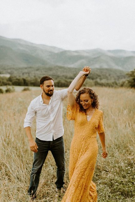 Engagement photos: fall outfits- show me your pictures! 1