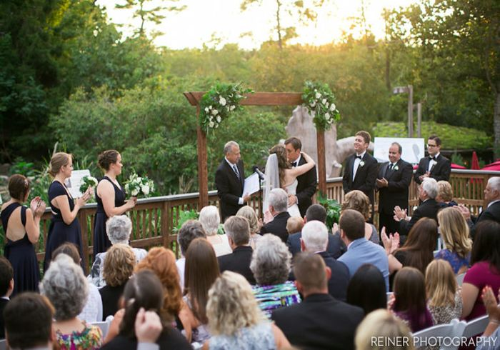 Show us your wedding venue! 18