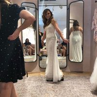 Show me your venue and dress! - 1