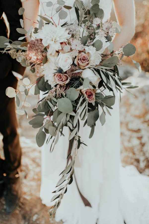 Show me your blush or dusty rose bouquets! - 1