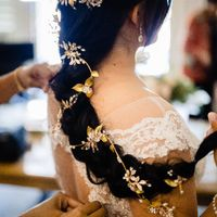 Veil, tiara, hair vine, hair comb, modern or traditional? What are you doing? - 1