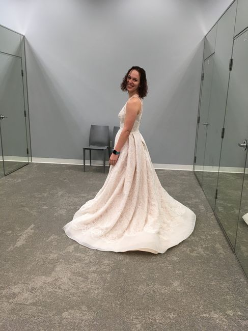 Feeling Down, Show me your dresses on you 14