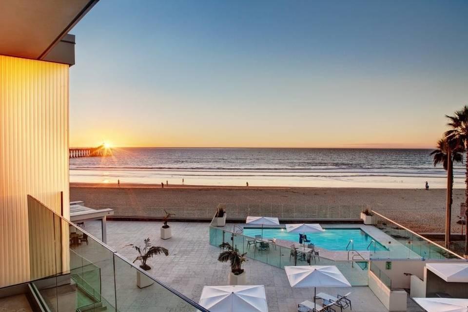 Pier South Resort