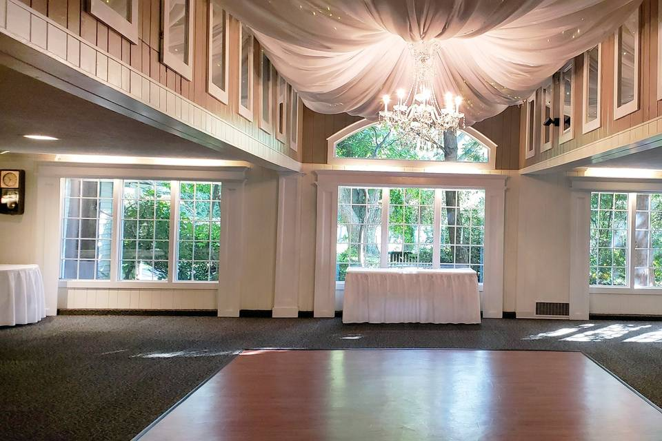 Neutrally colored banquet hall