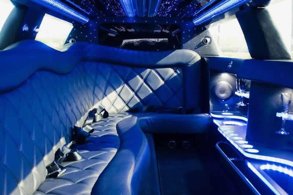 12-passenger interior