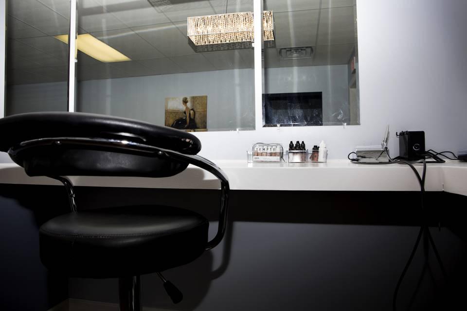 Studio 11 Salon & Day Spa