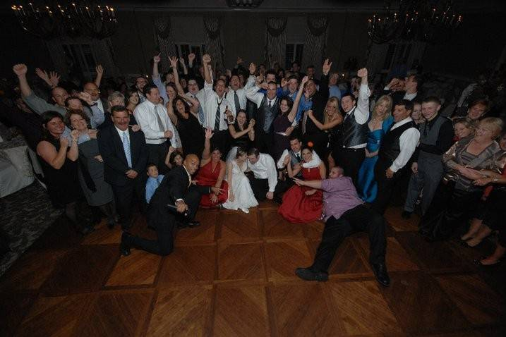 Wedding at The Ethan Allen Hotel in Danbury CT
