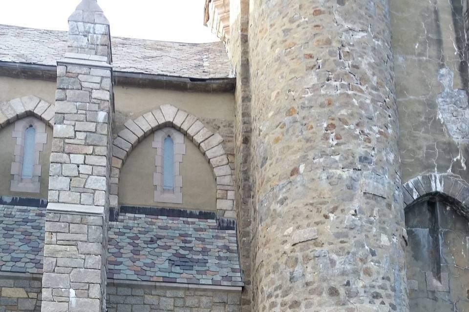 Harp at Hammond Castle