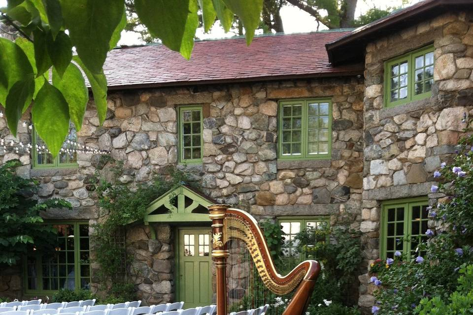 Harp at Willowdale