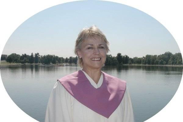 Reverend Lucinda Utesch