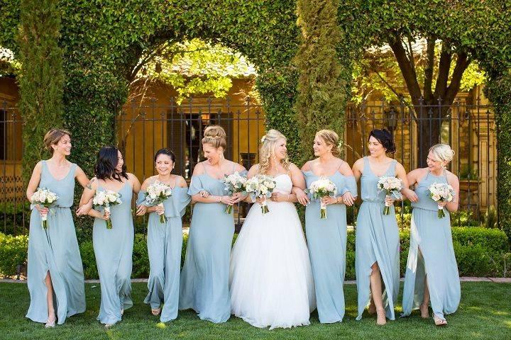 Bridal entourage having fun