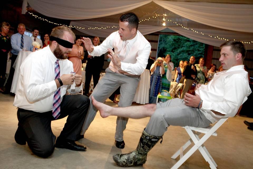 No traditional garter here!