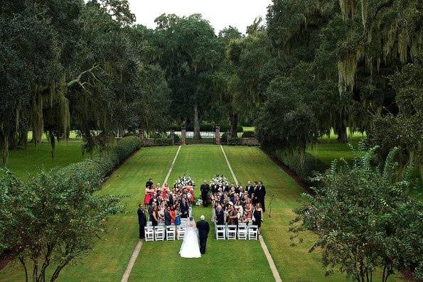 Front lawn ceremony at The Main House.