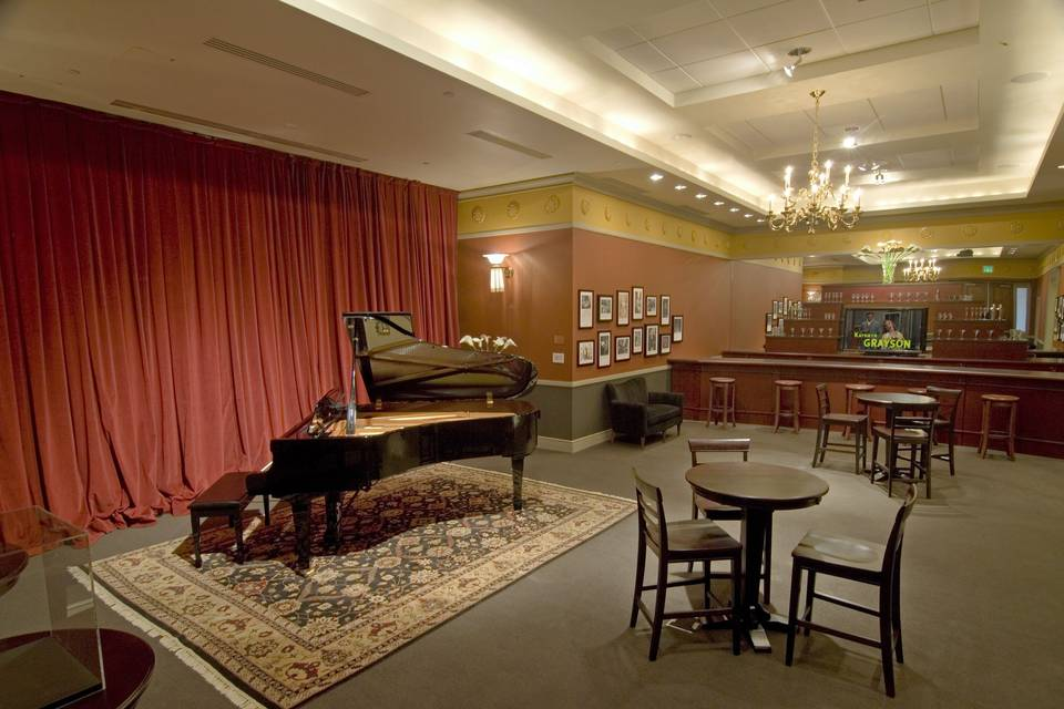 Cole Porter Room bar