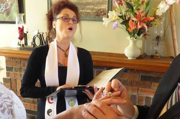 IL Wedding Officiant, Rev Pamela & Pine Manor Chicago