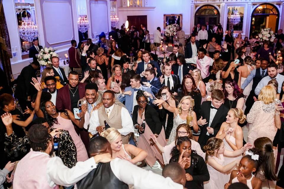 DJ Harlem Entertainment LLC